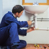 services-maintenance-Fotolia_57750853_S.jpg